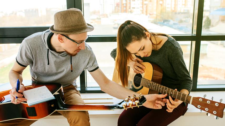 Benefícios para quem aprende um Instrumento Musical